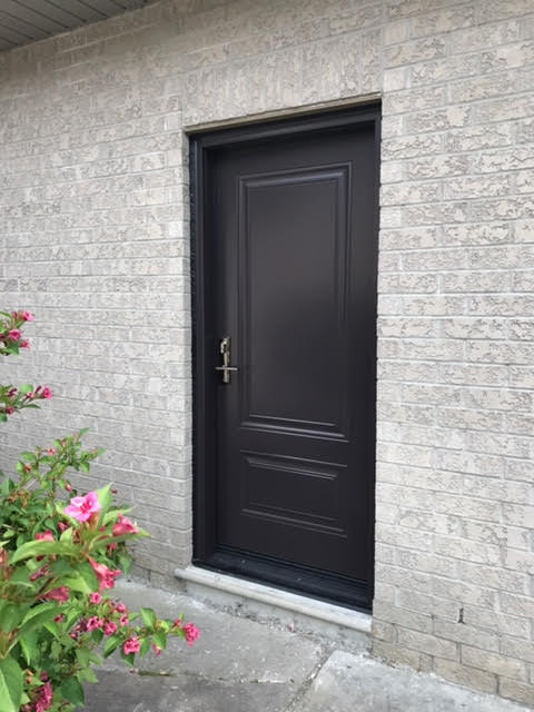 steel-door-installation-replacement-toronto- minimalist-side