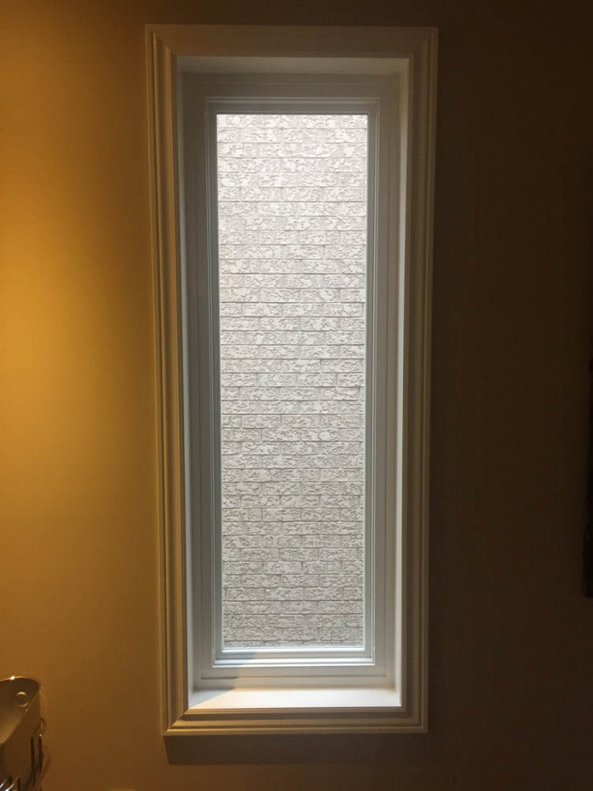 vinyl-windows-replacement-toronto-tall-narrow-privacy