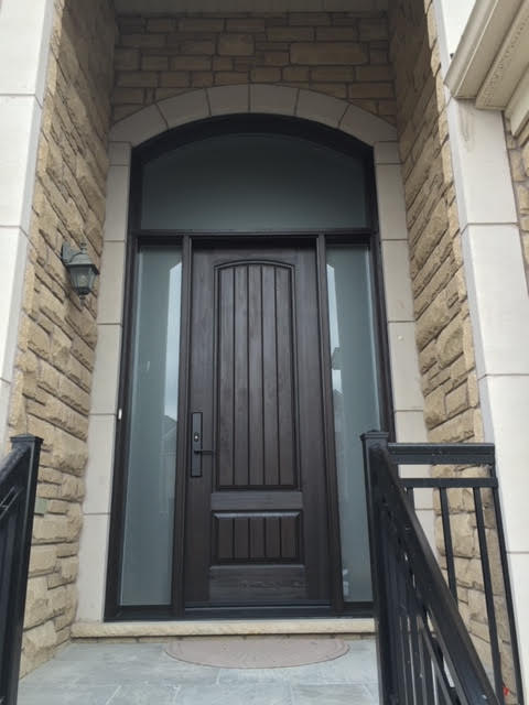 fiberglass-doors-installation-toronto-steps-up