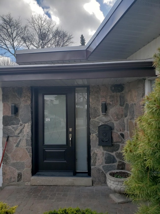 steel-door-installation-replacement-toronto-with-stone