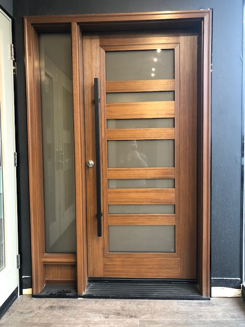 fiberglass-doors-installation-toronto-custom-wood