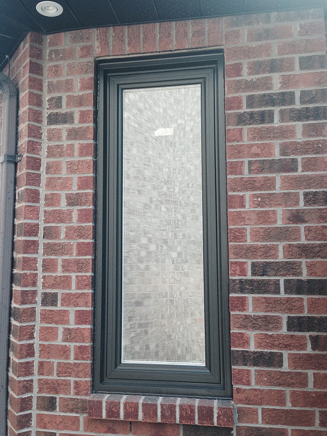 vinyl-windows-replacement-toronto-frosted glass