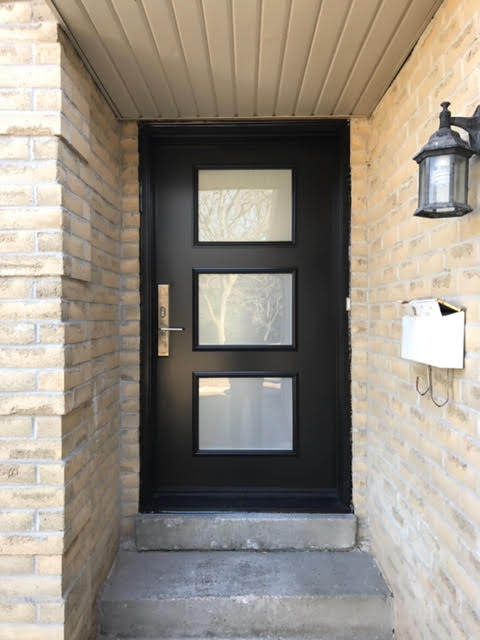 steel-door-installation-replacement-toronto-simple-light