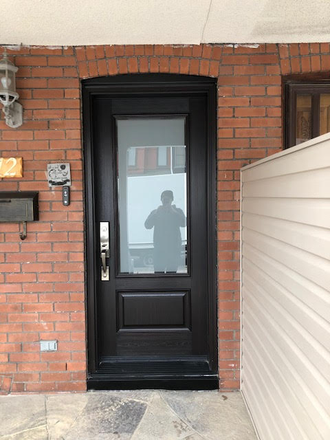 fiberglass-doors-installation-toronto-squared-window
